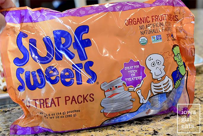 2-cute-and-spooky-halloween-treats-iowagirleats-05