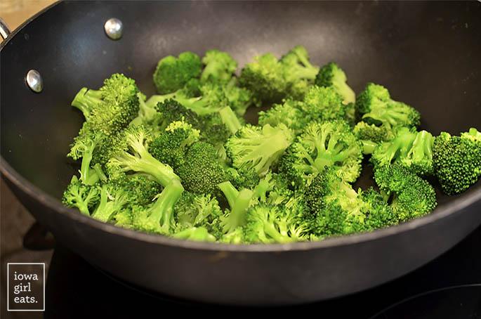 gluten-free-broccoli-beef-iowagirleats-09