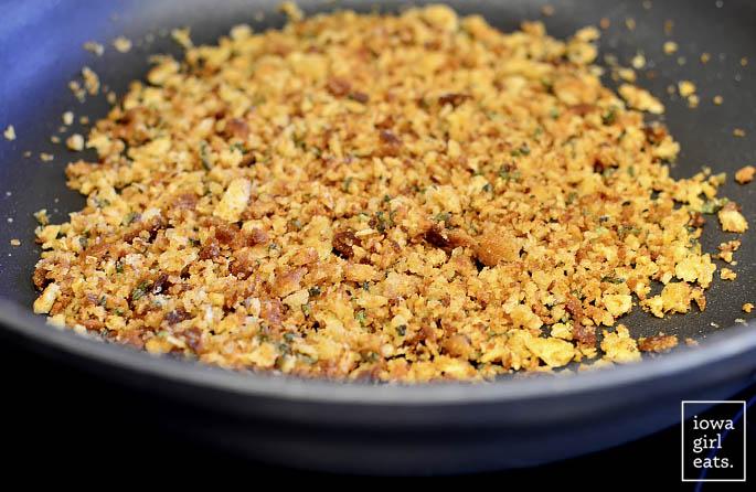green-beans-with-brown-butter-garlic-sage-breadcrumbs-iowagirleats-07