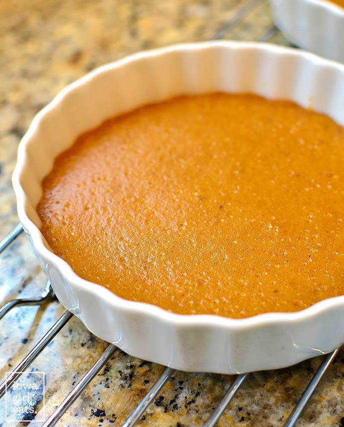 a crustless pumpkin pie baked using a water bath