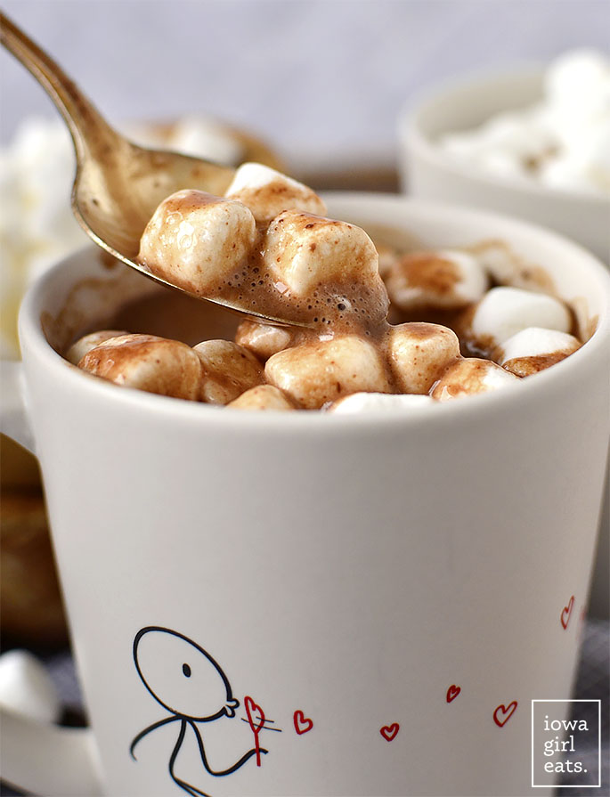 Spoon with Easy Homemade Hot Chocolate and marshmallows