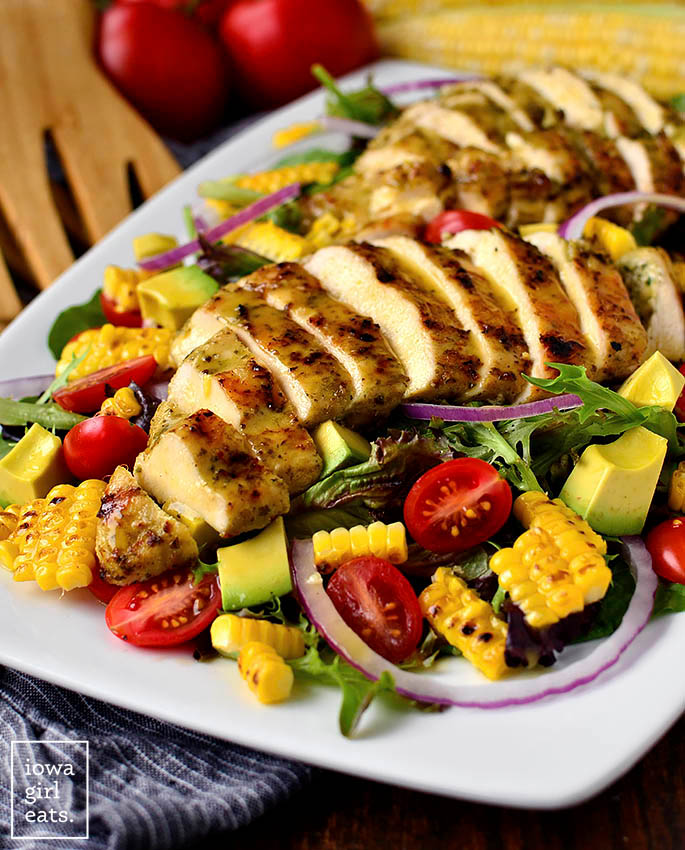 Platter with Grilled chicken Salad